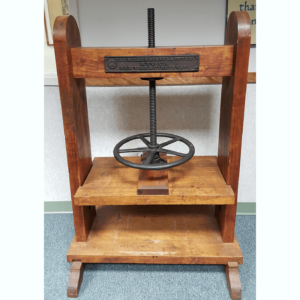 Wooden Screw Press Used in Printing